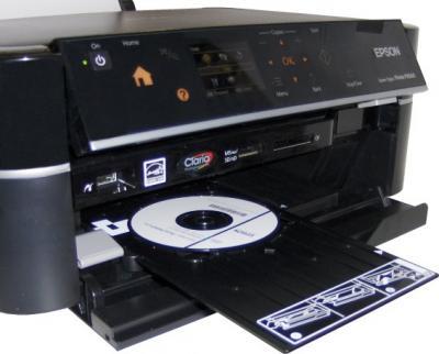 МФУ Epson Stylus Photo PX660 - общий вид (печать на CD/DVD)