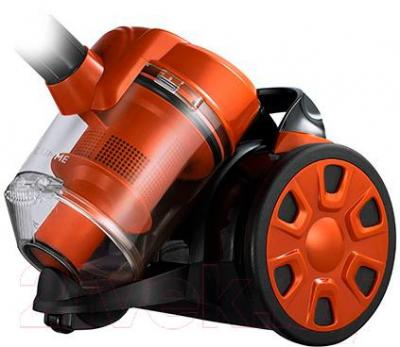 Пылесос Lumme LU-3208 (черно-оранжевый)