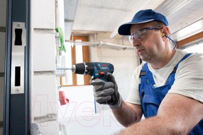 Профессиональная дрель-шуруповерт Bosch GSB 10.8-2-LI Professional (0.601.9B6.906) - в работе