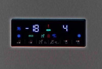 Холодильник с морозильником Beko RCNK355E21A - панель управления