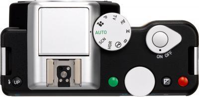 Беззеркальный фотоаппарат Pentax K-01 + DA 40mm XS Black - вид сверху
