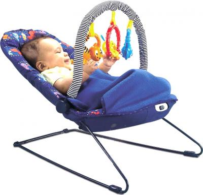 Детский шезлонг Fisher-Price H5126 - ребенок на шезлонге