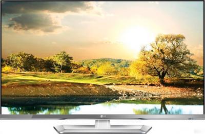 Телевизор LG 47LM669T - вид спереди