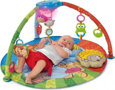 Игровой коврик Chicco Центр игровой Bubble Gym - ребенок на коврике