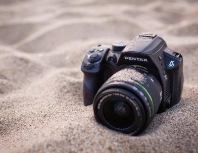 Зеркальный фотоаппарат Pentax K-30 DA 18-55mm Black - пылеустойчивый корпус