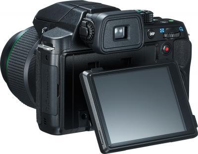 Компактный фотоаппарат Pentax X-5 (Black) - поворотный экран