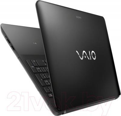 Ноутбук Sony VAIO SVF1521Z1RB