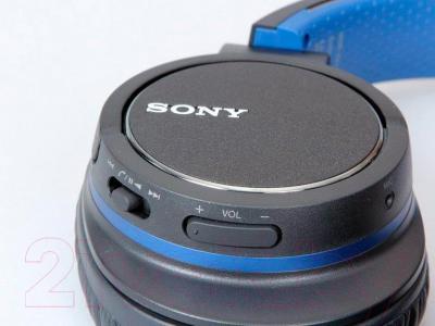 Наушники-гарнитура Sony MDR-ZX770BN (черный) - расположение пульта управления