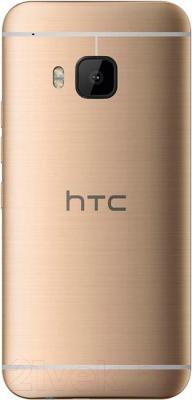 Смартфон HTC One / M9 (золотой)
