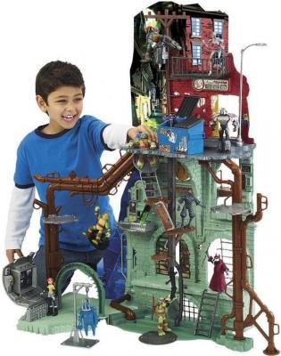 Большой игровой набор Playmates Toys Черепашки Ниндзя (95010) - ребенок играет с набором