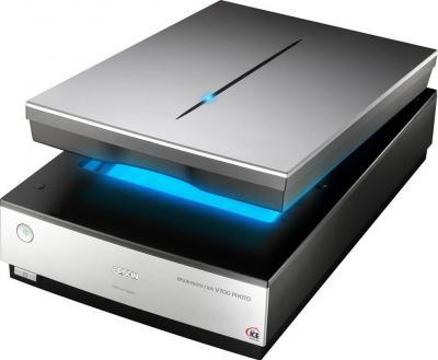 Планшетный сканер Epson Perfection V700 Photo - общий вид