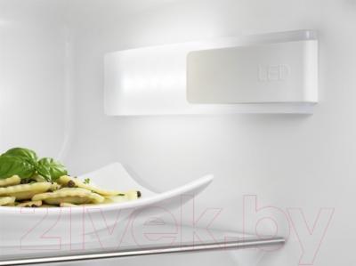 Холодильник без морозильника Electrolux ERN3213AOW