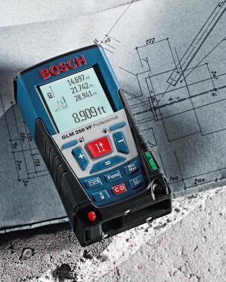 Дальномер лазерный Bosch GLM 250 VF Professional (0.601.072.100) - в работе