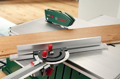 Дисковая пила Bosch PPS 7 S (0.603.B03.300) - в работе