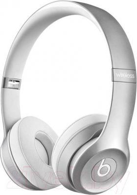 Наушники-гарнитура Beats Solo 2 Wireless Headphones / MKLE2ZM/A (серебристый)