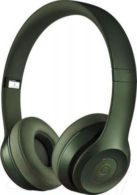 Наушники-гарнитура Beats Solo 2 On-Ear Headphones Royal Collection / MHNX2ZM/A (зеленый)