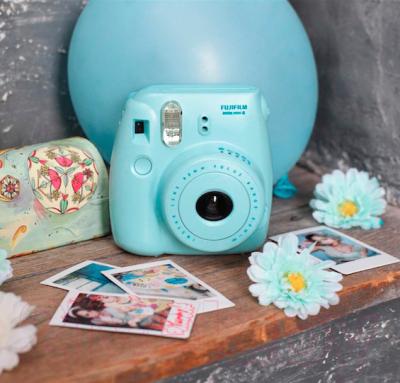 Фотоаппарат с мгновенной печатью Fujifilm Instax Mini 8 (голубой)