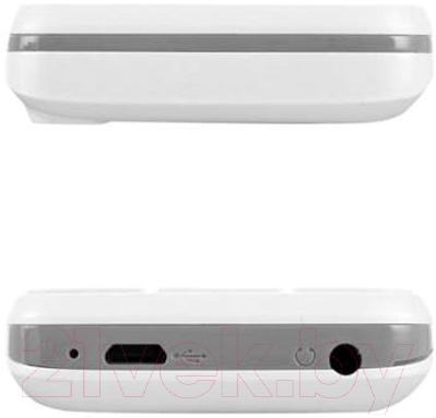 Мобильный телефон Fly FF241 (белый)