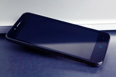 Смартфон ZTE Blade L4 Pro (черный)