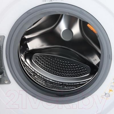 Стирально-сушильная машина LG F12U1HDM1N