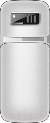 Мобильный телефон Maxvi M1 (серебристый)