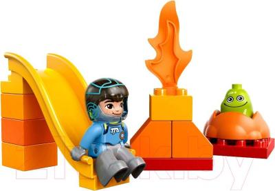 Конструктор Lego Duplo Космические приключения Майлза (10824)