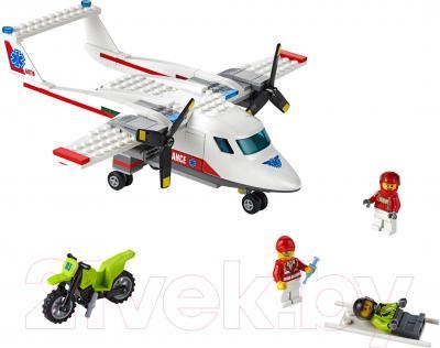 Конструктор Lego City Самолет скорой помощи (60116)