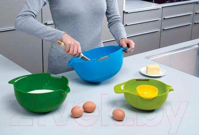 Набор кухонных принадлежностей Joseph Joseph Nest 40015 Multi Colour - использование в процессе готовки