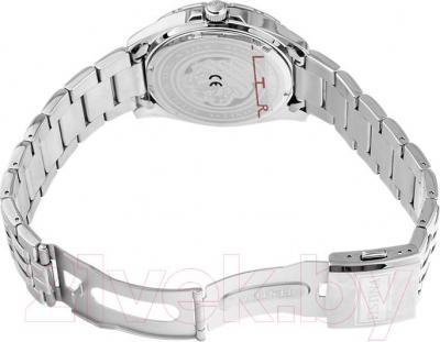 Часы мужские наручные Festina F16495/2