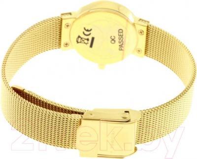 Часы женские наручные Bering 10122-334