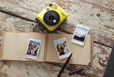 Фотоаппарат с мгновенной печатью Fujifilm Instax Mini 70 (желтый)