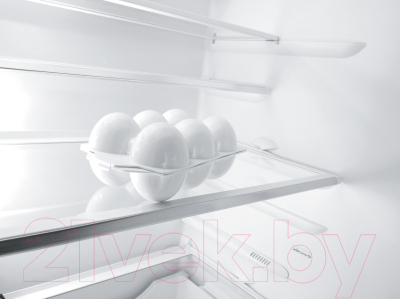 Холодильник с морозильником Gorenje NRKORA62W