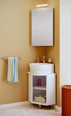 Шкаф с зеркалом для ванной Aqwella Дельта 45 (Del.04.33) - в интерьере с тумбой под умывальник