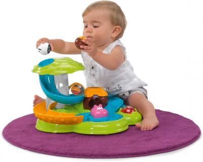 Развивающая игрушка Chicco Сказочный остров - ребенок за игрой