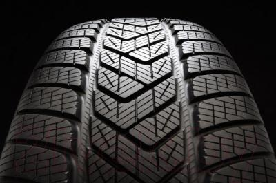 Зимняя шина Pirelli Scorpion Winter 235/55R19 105H