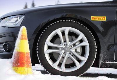 Зимняя шина Pirelli Ice Zero 215/65R16 102T (шипы)