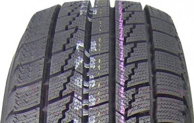 Зимняя шина Nexen Winguard Ice 215/55R16 93Q