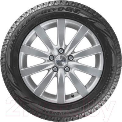 Зимняя шина Bridgestone Blizzak Revo GZ 205/65R15 94S
