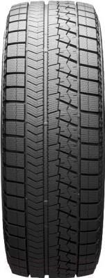 Зимняя шина Bridgestone Blizzak VRX 215/55R16 93S