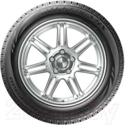 Зимняя шина Bridgestone Blizzak VRX 215/50R17 91S