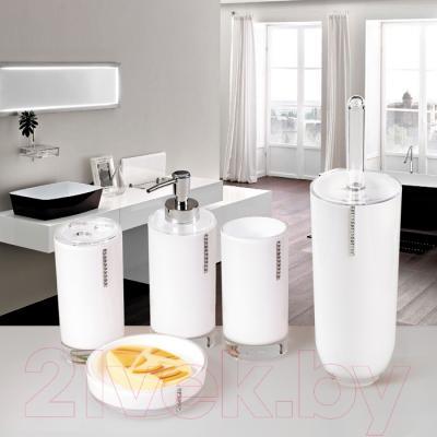 Стакан для зубных щеток Tatkraft Diamond White 12424 - в интерьере
