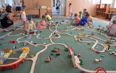 Элемент железной дороги Brio Грузовой поезд с животными 33404