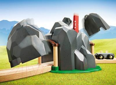 Элемент железной дороги Brio Туннель в горе с взрывчаткой 33352