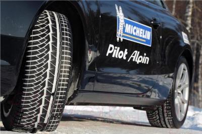 Зимняя шина Michelin Pilot Alpin PA4 255/40R19 100V