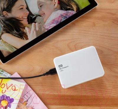Внешний жесткий диск Western Digital My Passport Ultra 500GB White (WDBWWM5000AWT)