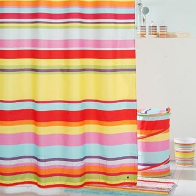 Текстильная шторка для ванной Iddis 290P24RI11 - в интерьере