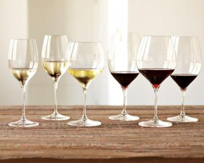 Набор бокалов для вина Riedel Grape Pinot/Nebbiolo (2 шт) - бокалы Riedel (пример сервировки)