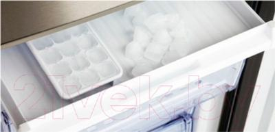 Холодильник с морозильником Beko RCNK355K00S - поддон для ягод IceBank