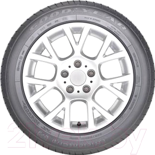 Летняя шина Goodyear EfficientGrip 235/55R18 104Y