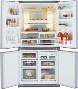Холодильник с морозильником Sharp SJ-F95PE-BE - внутренний вид